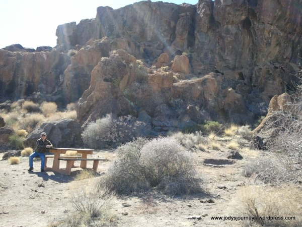 Hole in the Wall picnic area Mojave